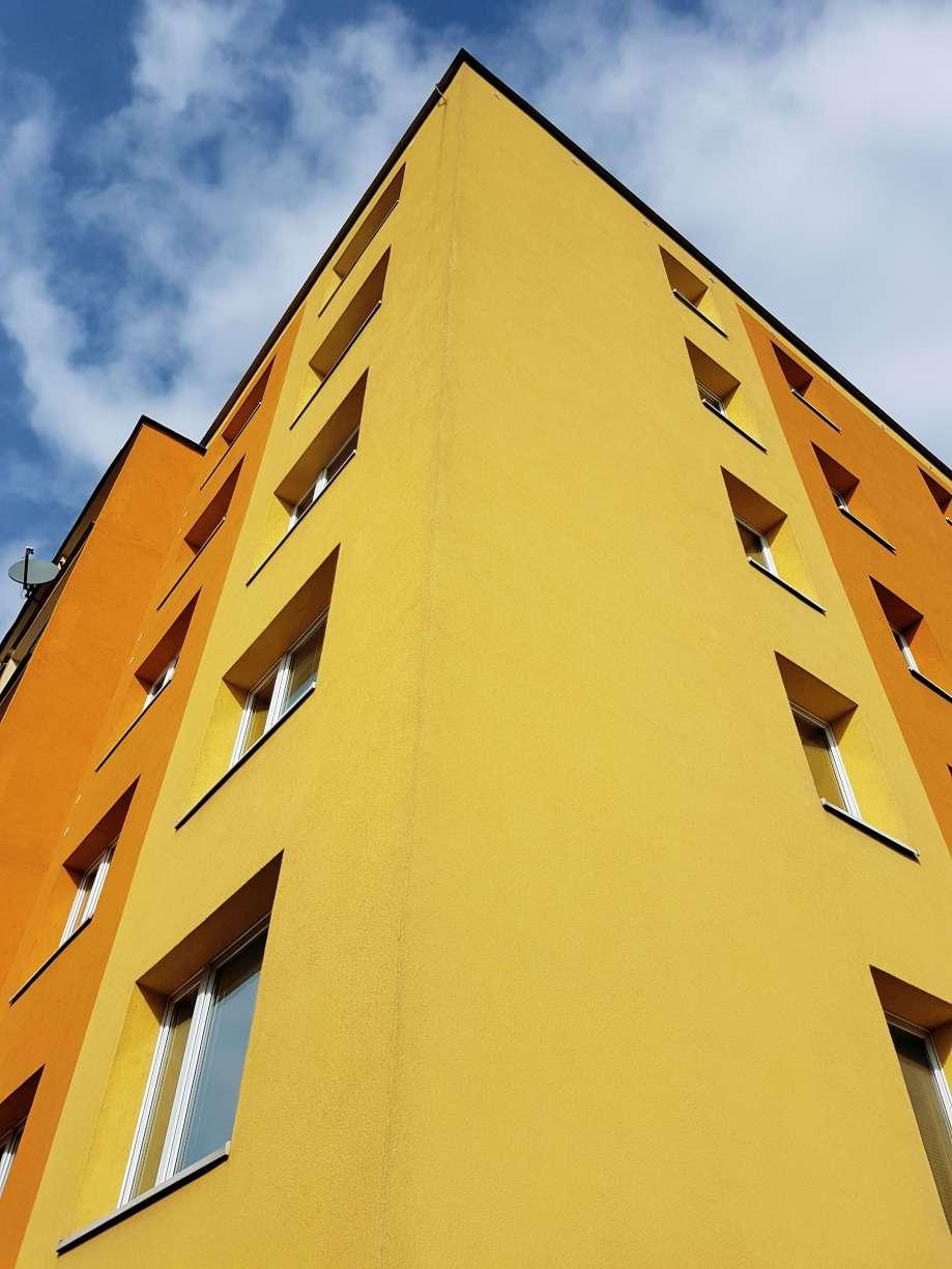 Zateplený panelový dom