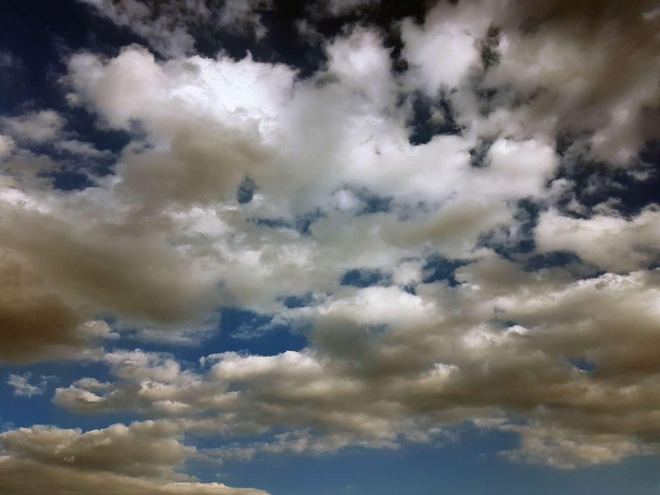 Podvečerná obloha