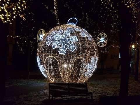 Veľká Vianočná guľa