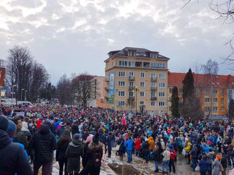pochod za slušné Slovensko