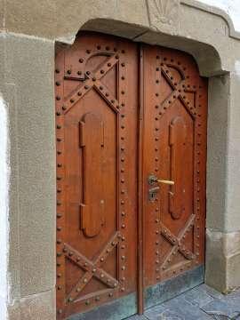 staré drevené dvere