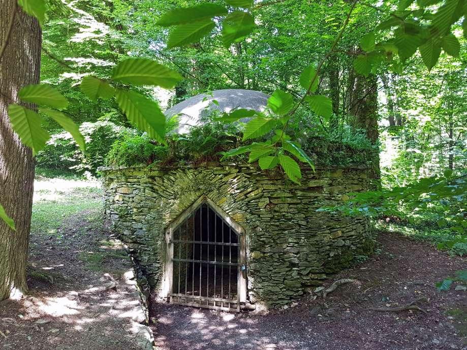 hermesova studna pri kastieli v betliari