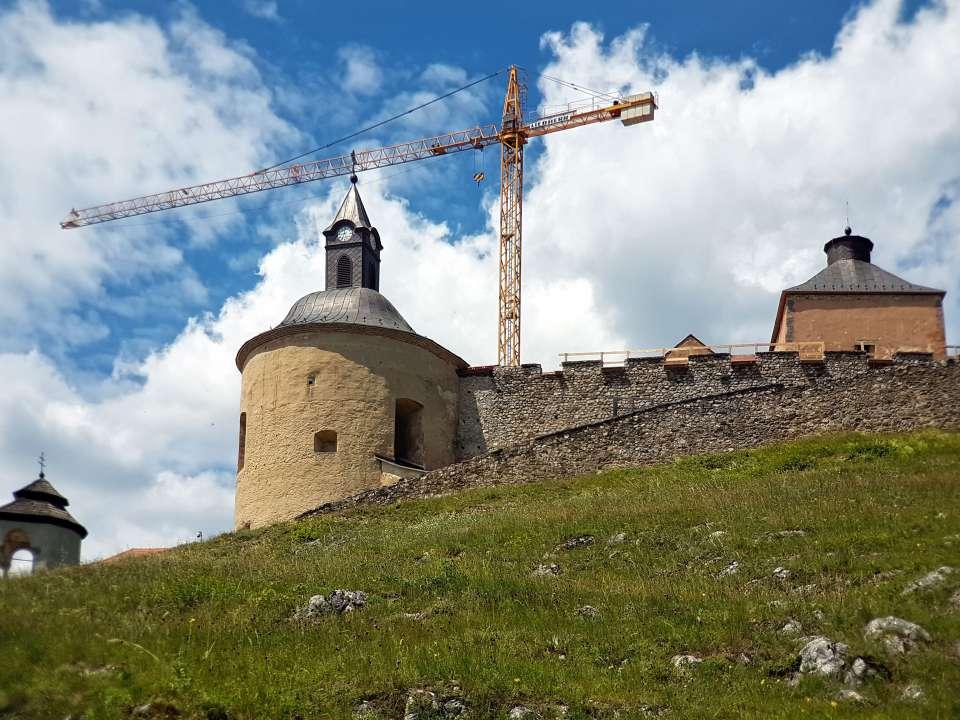 Rekonštrukcia hradu Krásna Hôrka