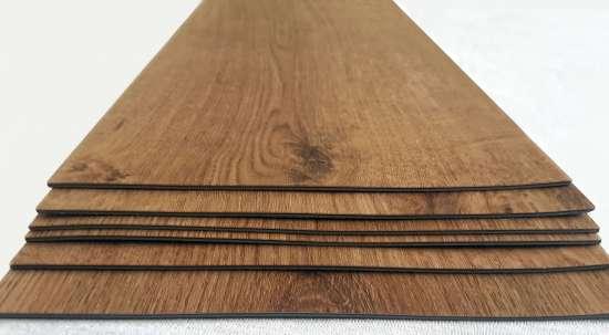 Vinylová podlaha drevený vzhľad