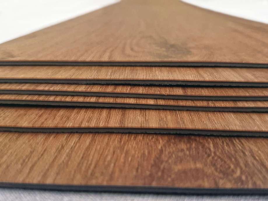 Hrúbka vinylovej podlahy