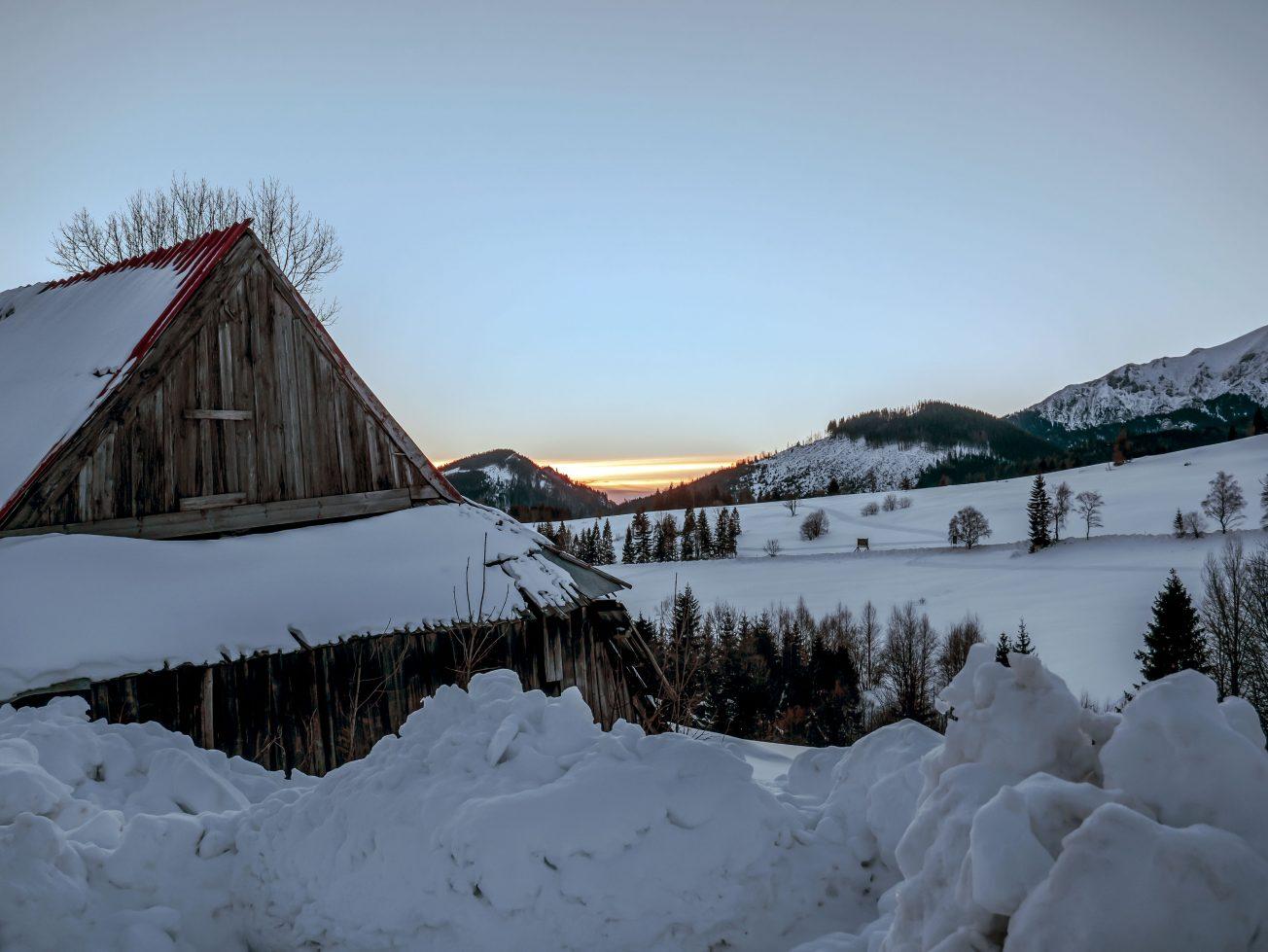 Východ slnka v zime