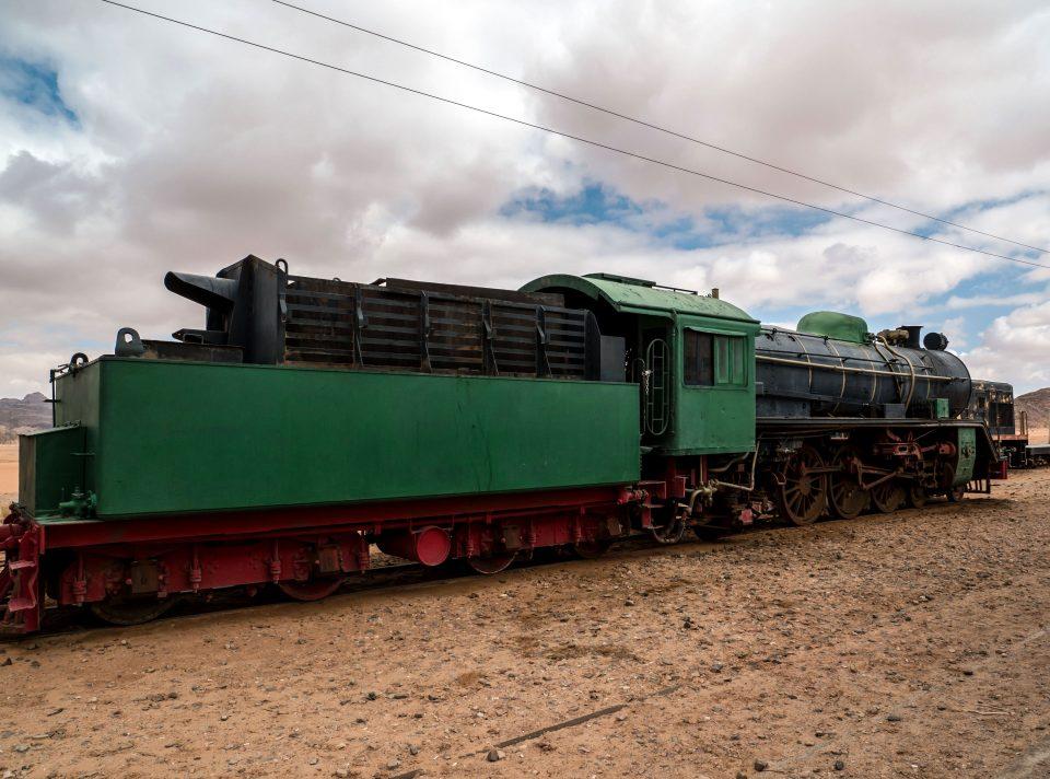 Opustený vlak v púšti - Jordánsko