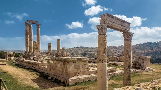 Citadela - výhľad na starý Ammán