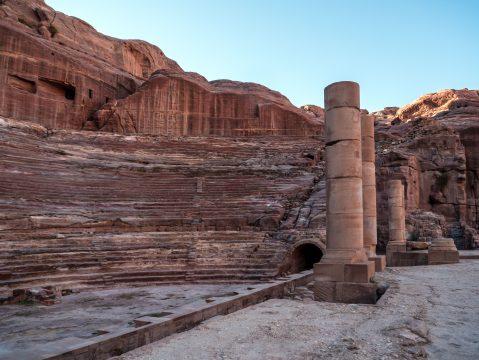Amfiteáter v Petre