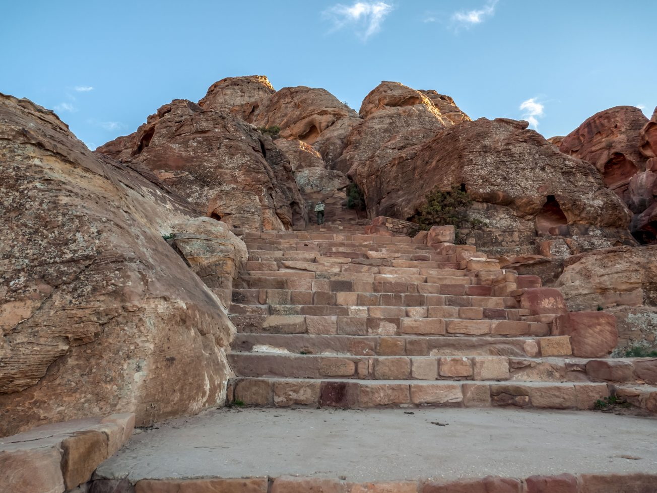 Staré kamenné schody