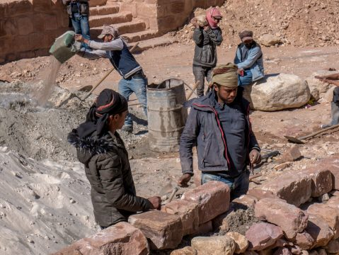 Jordánski robotníci v Petre