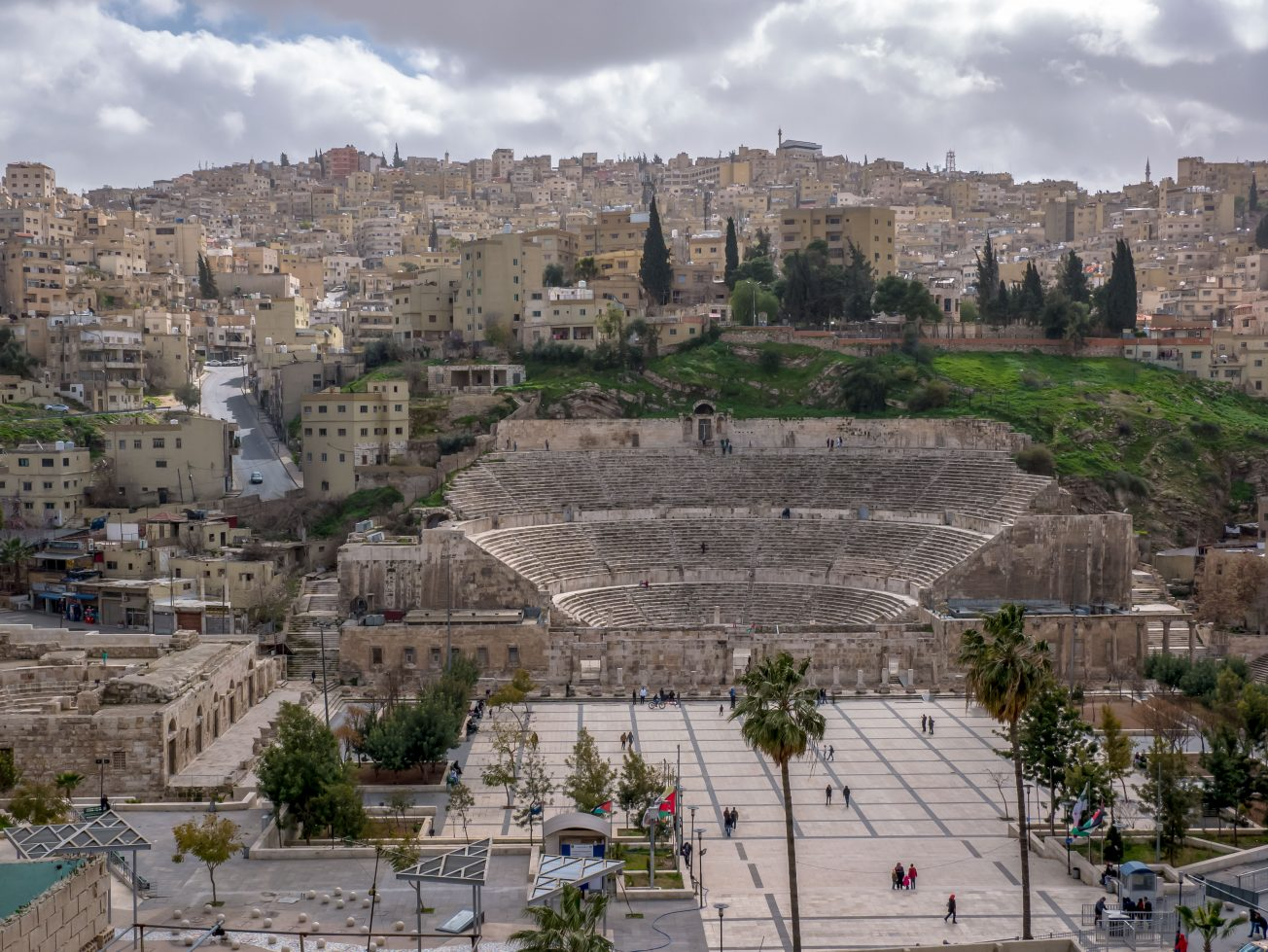 Pohľad na amfiteáter v Amáne