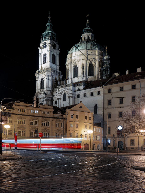 Foto nočná Praha