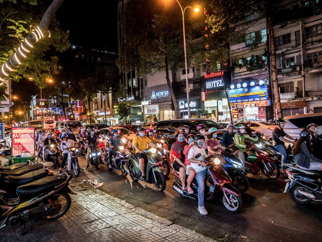 Nočný Vietnam