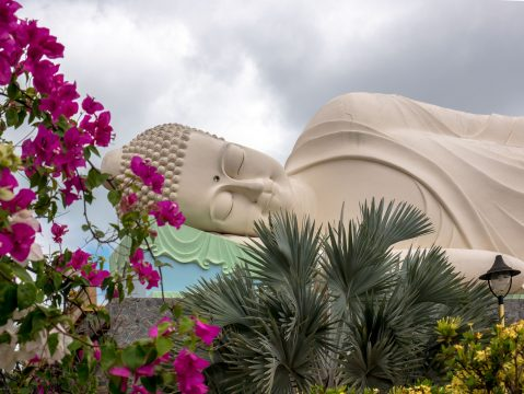 Spiaci Budha