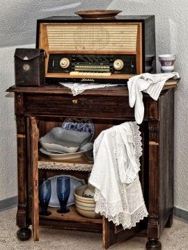 Starožitné rádio