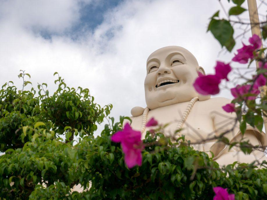 Smejúci sa Buddha