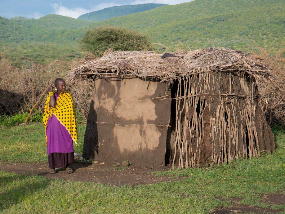 Masajská žena